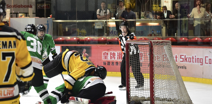 Tycoons Get Two Crucial Points in Win over Aces